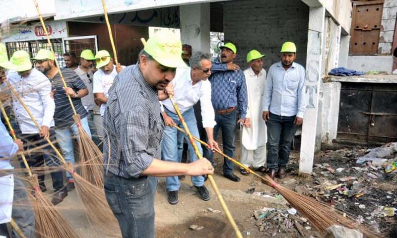 Cleanliness drive in Karachi was a photo session: spokesman CM Sindh| www.raah.tv